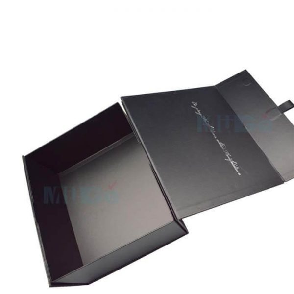 Box Custom Made Luxury Clothing Packaging With Magnetic Flap3