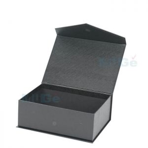 Factory Customized High Quality Cardboard Magnetic Gift Box1