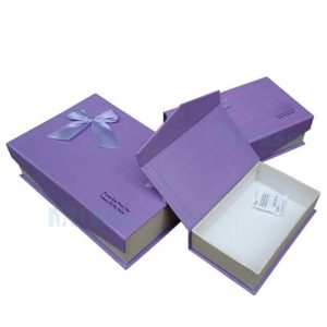 Factory Printed Paper Cardboard Luxury Custom Apparel Packaging2