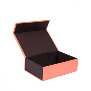 High Quality Foldable Magnet Packing Box For Clothes Packaging2