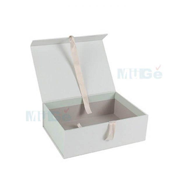 Luxury Cardboard Magnetic Wedding Dress Storage Box With Ribbon4