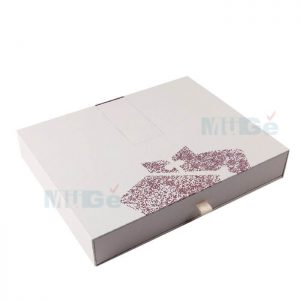 Luxury Printed Cardboard Packaging Set Box For Apparel1