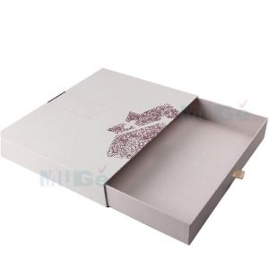 Luxury Printed Cardboard Packaging Set Box For Apparel2