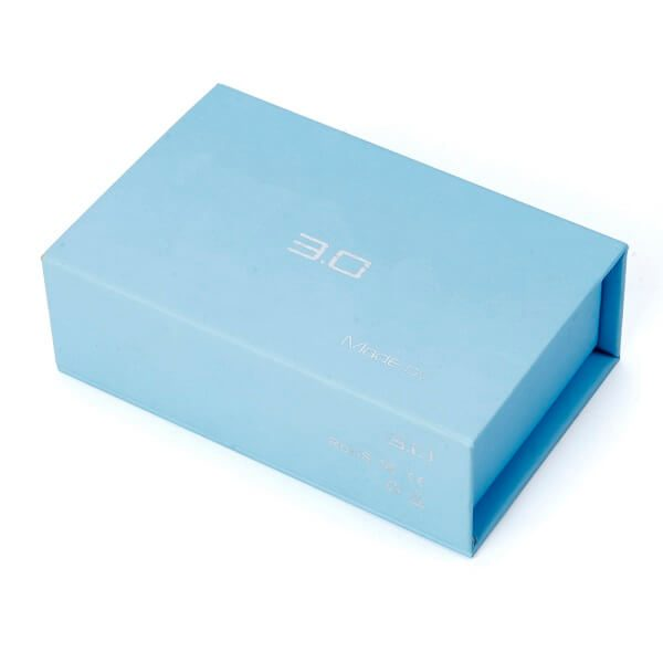 Luxury Simple Design Cardboard Magnetic Gift Boxes Wholesale1