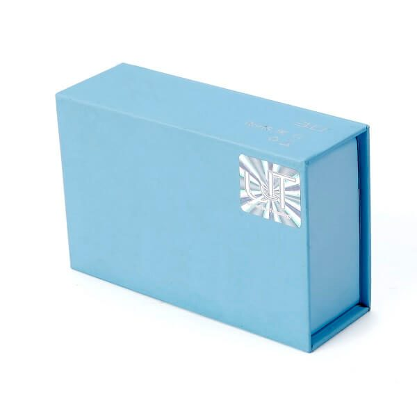 Luxury Simple Design Cardboard Magnetic Gift Boxes Wholesale4