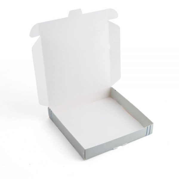 Custom Clothing Packaging Boxes4