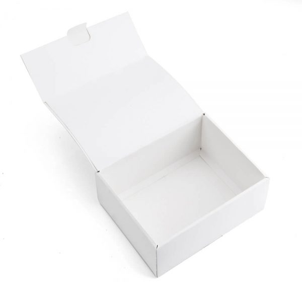 White Cardboard Shipping Boxes5