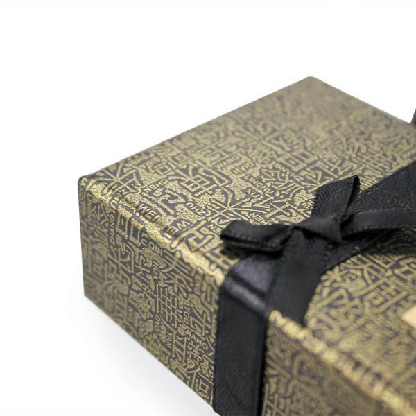 Custom Embossed Gift Boxes5