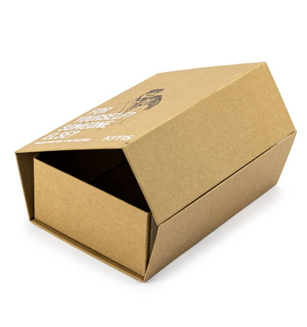 Kraft Folding Gift Boxes4